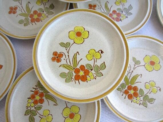 Vintage Sunshine Flowers Hearthside Stoneware Garden Festival