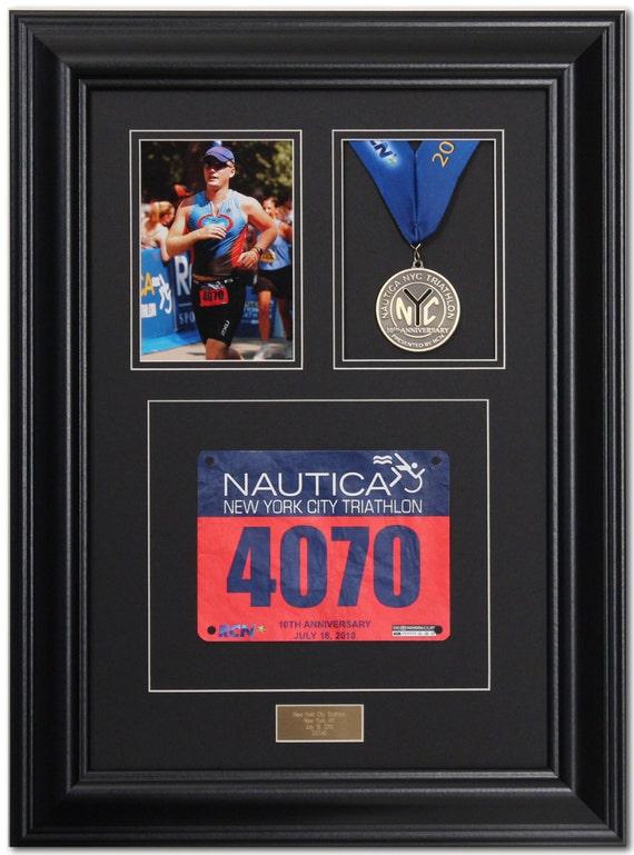 Marco de pantalla medalla triunfo maratón negro satinado