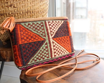 Old kilim Bag / SHIP FREE / Elegant Clutch crossbody with detachable leather belt made with Vintage Kilim with Genuine Leather