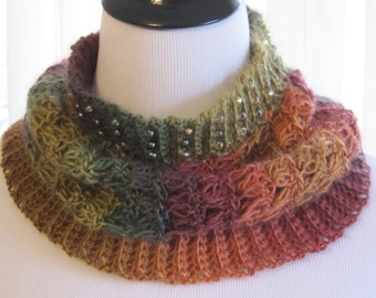 Crochet Cowl, Beaded Cowl, Gift for Her, Mother's Day Gift, Crochet Cowl Scarf, Neck Warmer, READY TO SHIP, Silly Salmon Crochet
