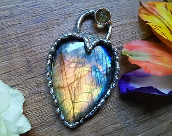 Dragon heart labradorite