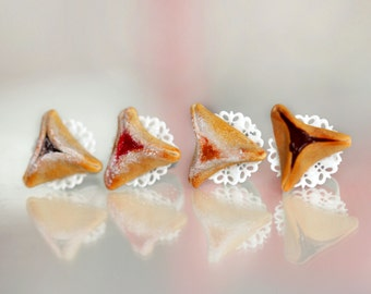 Hamantaschen Cookie Ring - Jam Filled Cookie Ring  -  Food Jewelry -  Food Ring - Kawaii Ring