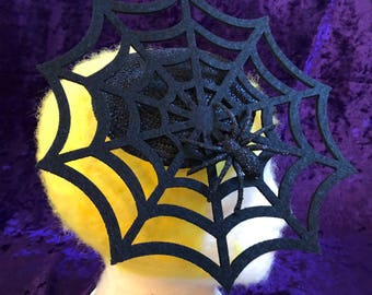 Spider web fascinator on straw base
