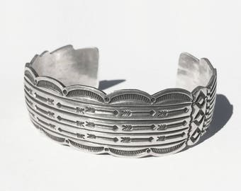 """Multi-Arrow Revival • 7.10""""  • Vtg Navajo Sterling Symbol Stamped Cuff Signed - Gary Reeves"""