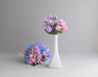 Vintage Milk Glass Bud Vase, Milk Glass Flower Vase, Wedding Vase, Wedding Bud Vase