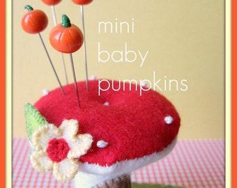 Mini Baby Pumpkin Pin Topper