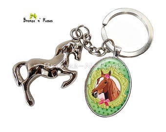 Keychain accessory gift girl green and pink metal horse cabochon silver plated