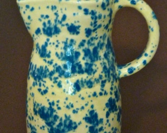 Spotted pitcher