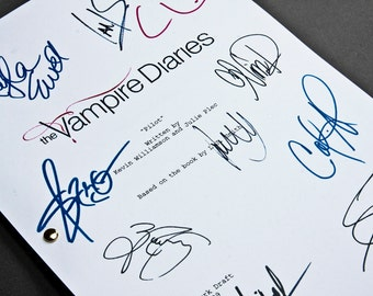 The Vampire Diaries TV Script with Signatures / Autographs Reprint Unique Gift Screenplay Present Film Movie Fan TVD Ian Somerhalder