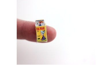Dollhouse miniature old maid card game: 1/12 scale miniatures