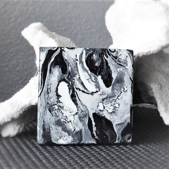 liquide acrylique art persillage peinture blanche noire. Black Bedroom Furniture Sets. Home Design Ideas