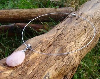 Rose Quartz pendant Choker Necklace