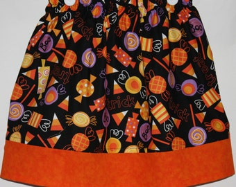 Trick or Treat Skirt     size 6 left