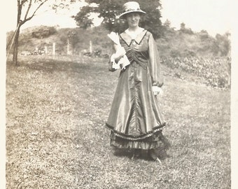 "Vintage Photo ""Old-Fashioned Girl"" Victorian Dress Straw Hat Pretty Girl Found Vernacular Photo"