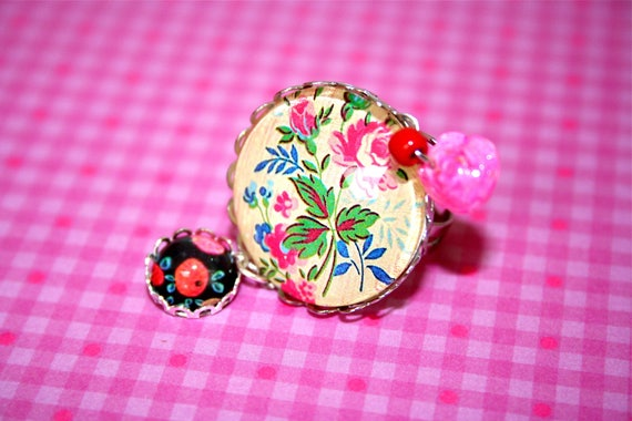 Dissociative double ring cabochon flowers and fruits vintage liberty apples