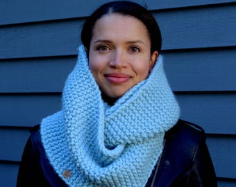 Infinity cowls, soft cowls, double loop, textured, squishy, blue cowl, brown cowl, oatmeal cowl