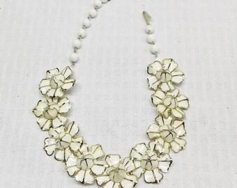 1950s Vintage White Enamel Flower Choker Necklace