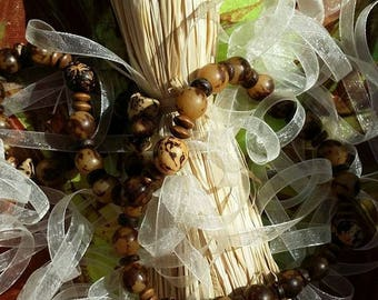 Seeds from Brazil Palm, coconut and wood necklace