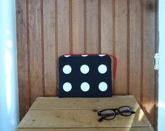 Polka dot zipper pouch yarn pencil make up case zip bag knitting supply