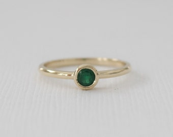 Emerald Solitaire Bezel Ring in 14K Yellow Gold - May Birthstone