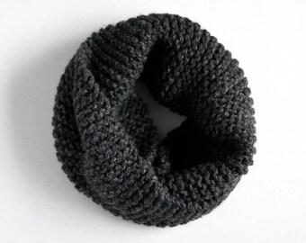 Chunky Cowl  //  Knit Cowl  // Chunky Knit Scarf // Infinity Scarf