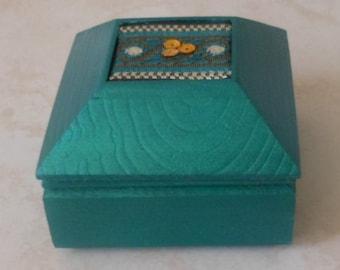 Trinket/Gift/Earring/Ring Box