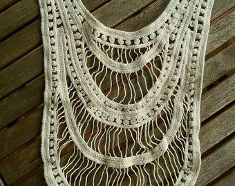 Beige lace bib collar