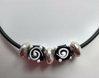 Necklace Choker Glass Cube Designer Donut Silver