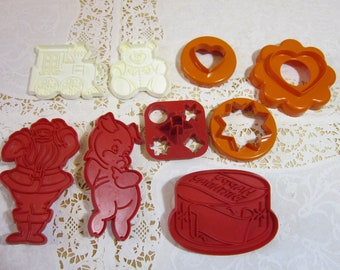 Assortment of 9 Vintage Cookie Cutters