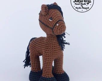 Bay horse - little crochet toy