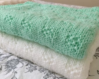 Moss Checks Baby Blanket ~ Knitting pattern ~ PDF