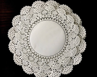 """Variety Pack 200 ct. 8"""" & 6"""" Cambridge Paper Lace Doilies White 100 of each size"""