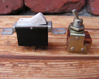 Vintage On/Off Toggle Switch, Set of 2 Vintage Switches, Old electrical switches, On off switchers