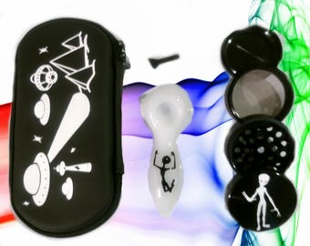 Alien Glass Pipe Set Grinder Magnetic Future Magic Plus Pipe Case All In One Making This A Amazing Experience