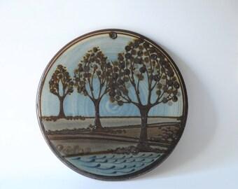 Heerwagen Wall plate Contemporary Danish Art pottery. Scandinavian modern