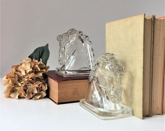 Vintage Horse Head Bookends, Clear Glass Bookends, Equestrian Library Decor, Minimalist Modern Glam, Futuristic Art Deco Style, Horse Racing