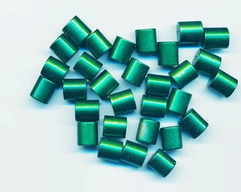 60 pretty vintage lucite beads - emerald green short cylinders - 10.8 x 9.7 mm