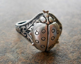 NEW DESIGN Victorian Style Ladybug Ring in Aniqued Silver