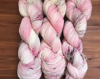 Dogwood - Hand Dyed Yarn - Woolen Cat - Merino Yarn