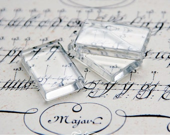 Clear Rectangle Glass Tiles. Clear Glass Tiles for Pendants and Magnets. 18mm x 31mm Glamour FX Glass Collection. 25 Pack.