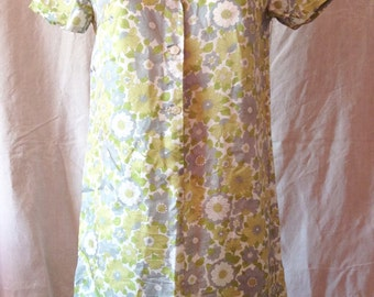 Dress vintage, white, grey and green flowers, short sleeve, Michael, T 40.