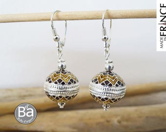 Oriental gold and Brown earrings