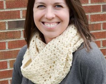 Women's Scarf, Crochet Infinity Scarf, Infinity Scarf, Spring Scarf, Ivory