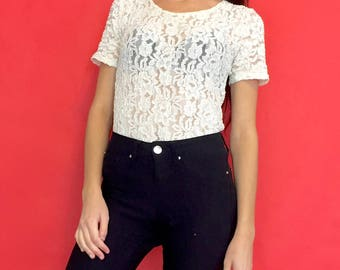 Vintage 90s Y2k 2000s White Lace See Through Sheer Mesh Short Sleeve T-Shirt