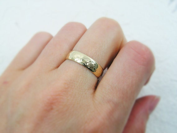 Mens wedding ring. Hammered wedding ring. Hammered matte wedding ring.  Domed wedding ring. 14k yellow gold 5mm wedding ring (gr-9131-663)