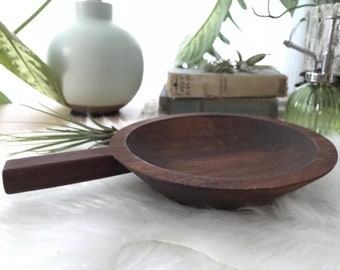Wooden Plate Bowl Dish with Handle // Serving Tray // Rustic Kitchen Decor // Rustic Bar Acessories