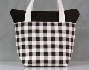 Lunch bag, Grid pattern Lunch bag, Waterproof tote, Canvas Lunch bag, Reusable Lunch bag, Handmade bag, Tote, Gift