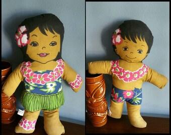 Vintage Hawaiian plush dolls by C & H sugar, Hawaiian huggables.