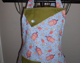 Chickens and Barns - Women's Apron - Ruffle - Pocket - Farm - Roosters