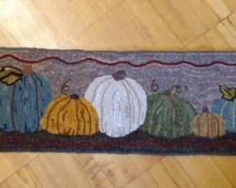 """Sandy""""s Pumpkins Rug Hooking  Pattern (58"""" x 12"""")"""